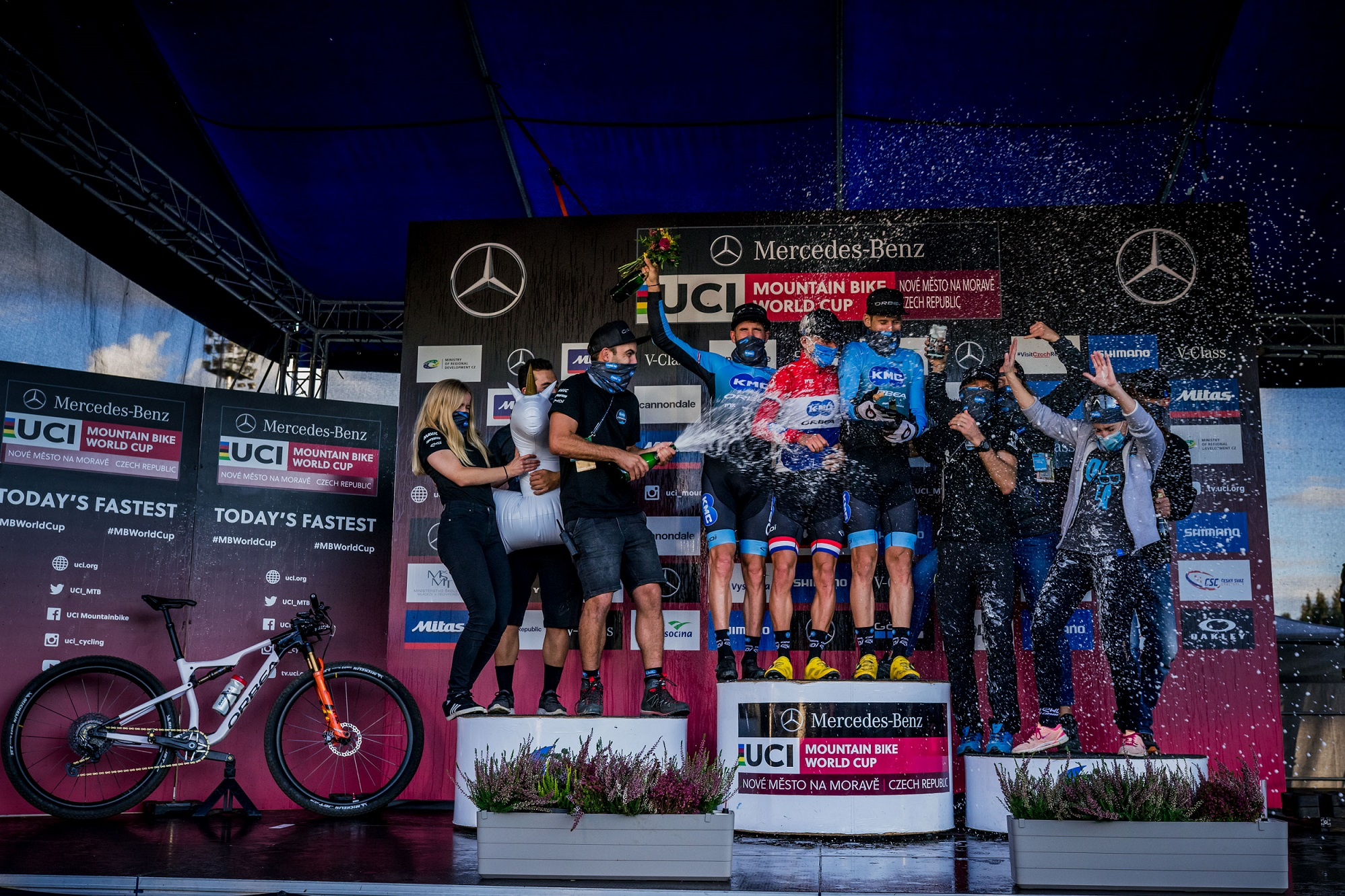 UCI Mountain Bike World Cup: 5 podiums and two team wins